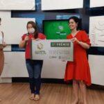 Ganhadores do 4º sorteio do programa Sua Nota Tem Valor recebem prêmios